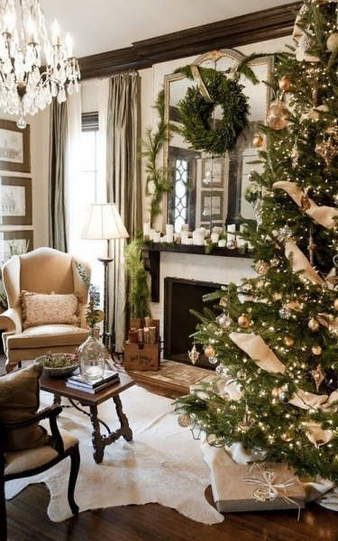Decorating With Fresh Greenery Is The Easiest Way To Bring A Festive Mood Into  Your Home. The Natural Greenery Of A Christmas Tree And Garlands Can Make A  ...